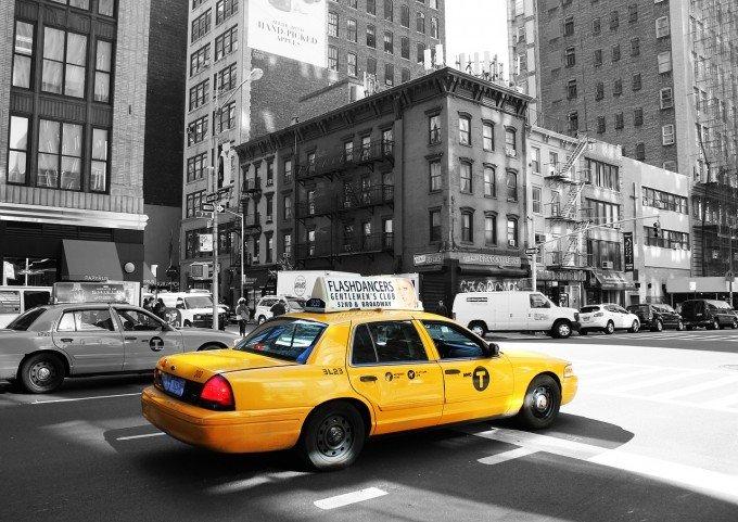 taxi-988348_1280