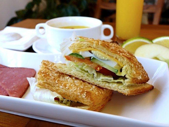 breakfast-1059493_960_720