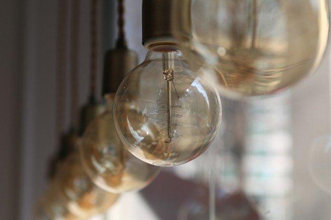 light-bulb-633701_960_720