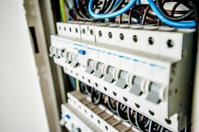 electric-1080585_960_720